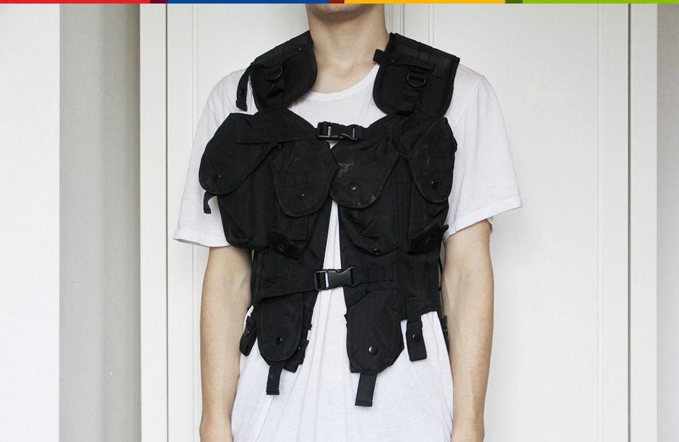 Война и мир: Студент Saint Martins о своей коллекции милитари-одежды. Изображение № 13.