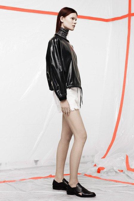 Кожаные толстовки и брюки в коллекции T by Alexander Wang. Изображение № 12.