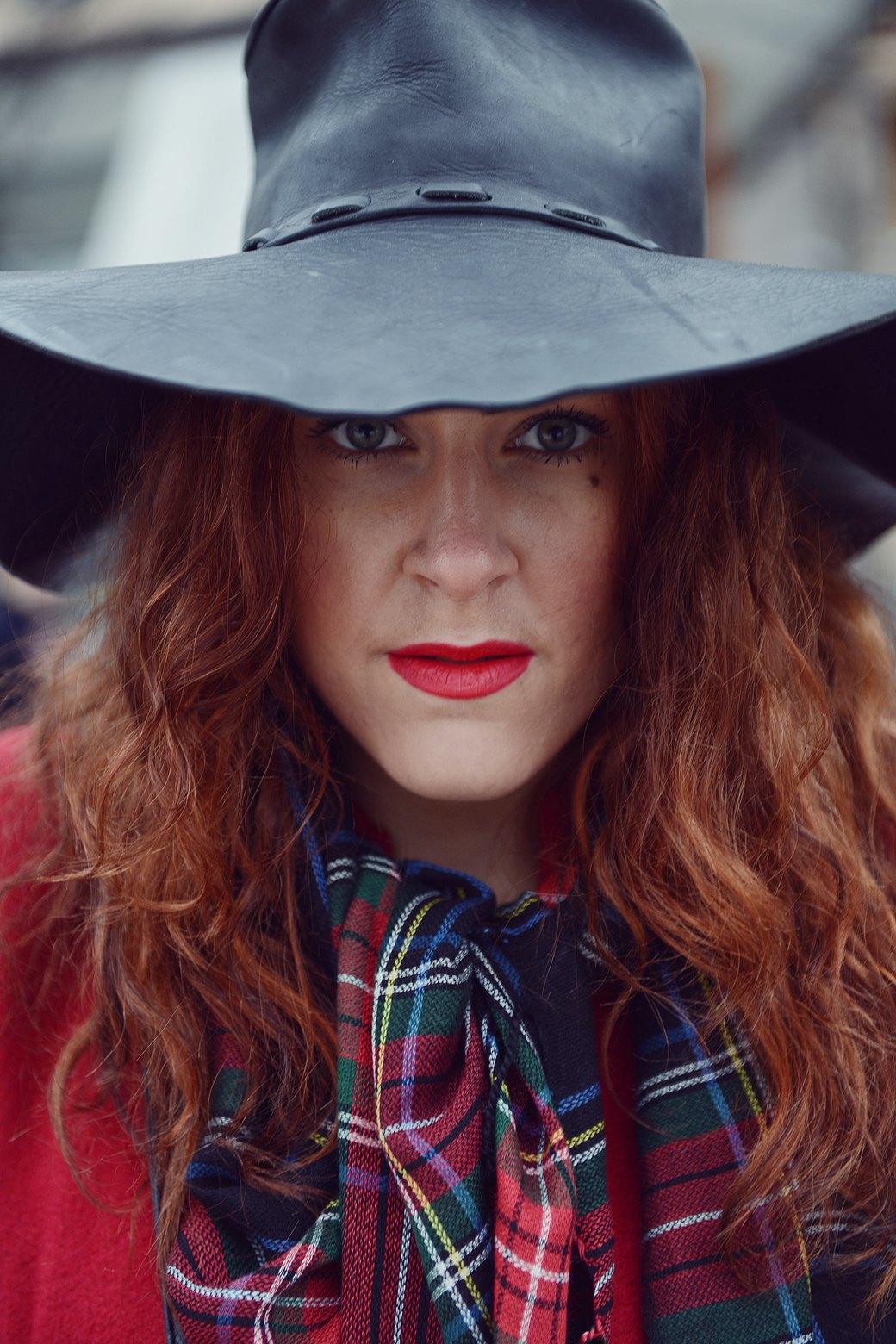 Шубы и горох на Stockholm Fashion Week. Изображение № 33.