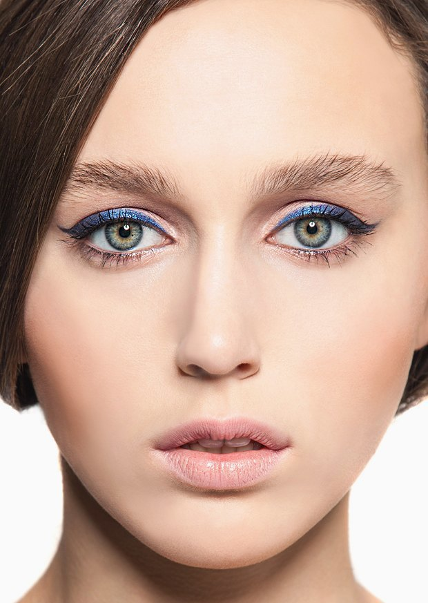 5 вариантов новогоднего макияжа. Изображение № 3.