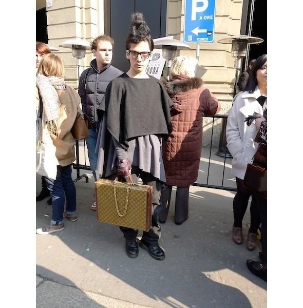 Изображение 5. Milan Fashion Week: день первый — луки.. Изображение № 2.