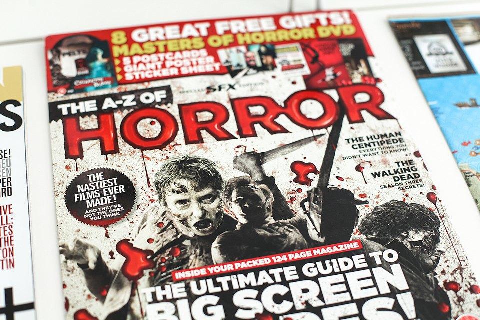 Надо что-то покупать из журналов, будучи в Англии. Вот, покупаю это. Изображение № 15.