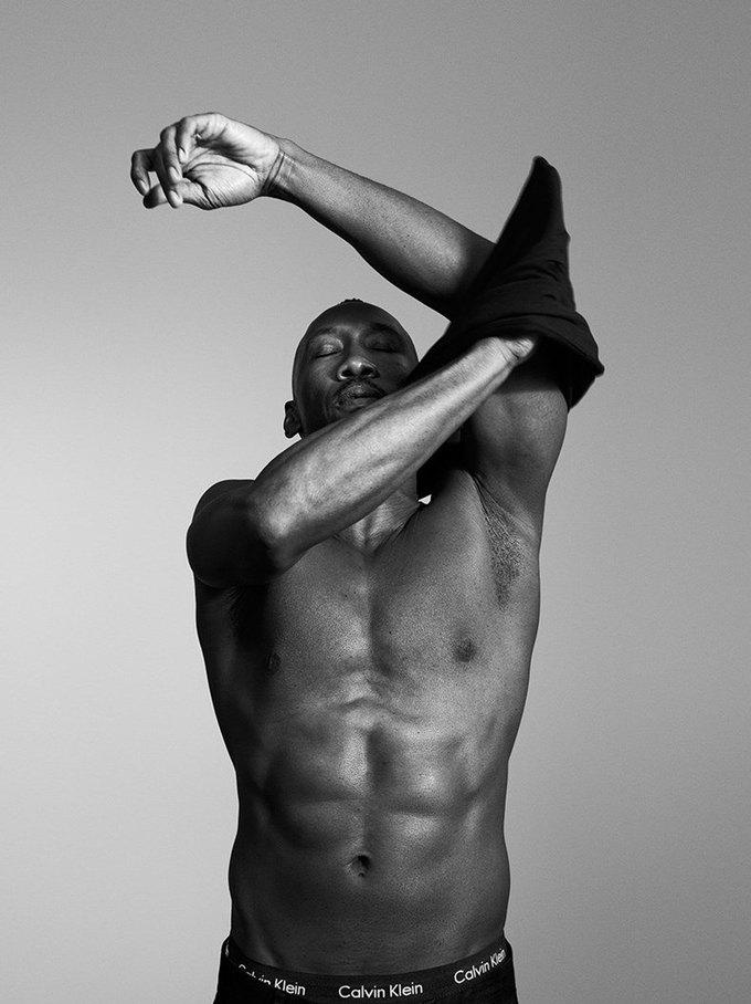 Актёры драмы «Лунный свет» снялись в кампании Calvin Klein. Изображение № 7.