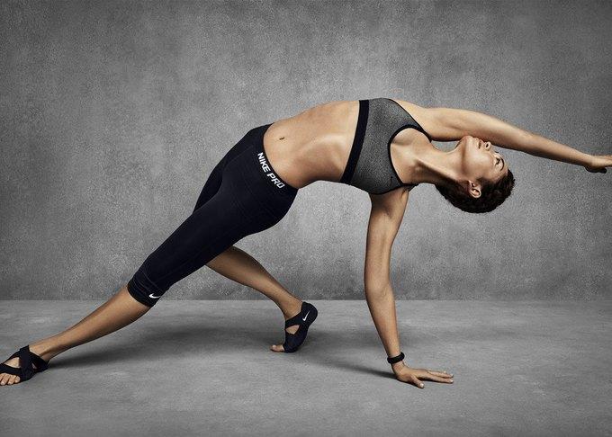 Nike разработали спортивное бра для разных тренировок. Изображение № 7.