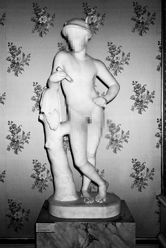 Питер Кааден адаптировал статуи к моральным принципам Facebook. Изображение № 7.