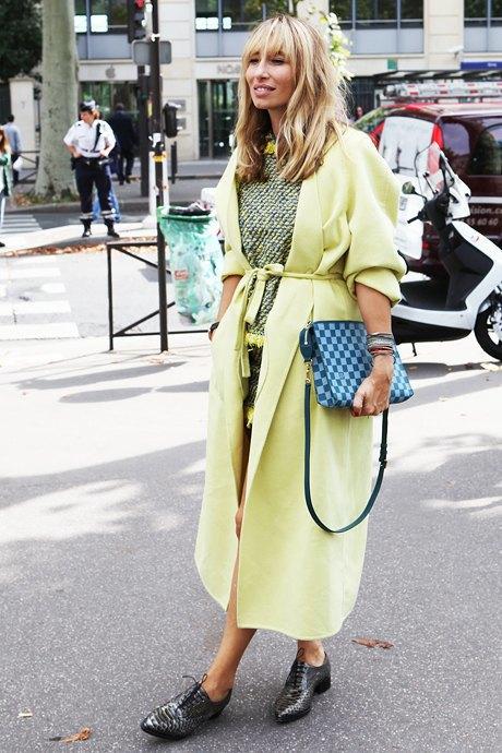 Мы любим пальто-халаты, это - красивого салатового оттенка. Изображение № 18.