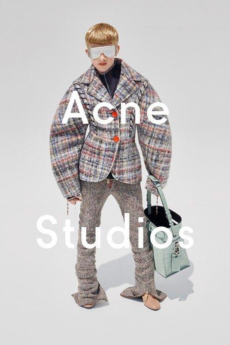 Лицом женской коллекции Acne стал 11-летний мальчик. Изображение № 2.