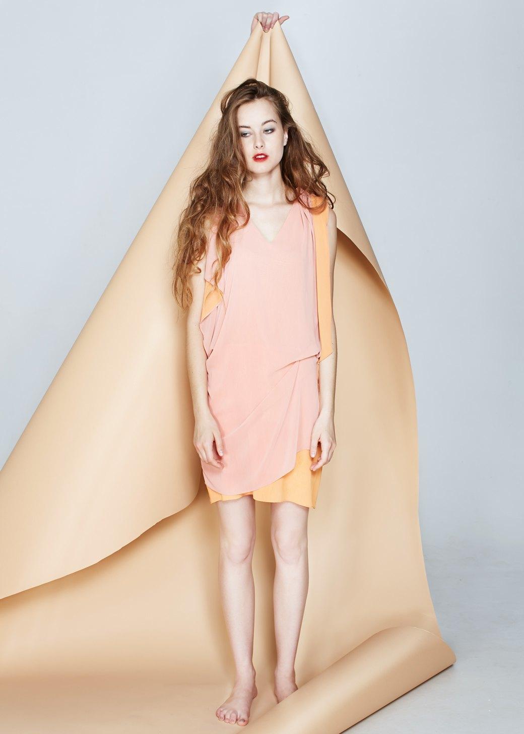 Ревизия: Вечерние платья. Изображение № 4.