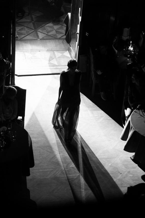 Изображение 36. Репортаж: Vardoui Nazarian FW 2011.. Изображение № 6.