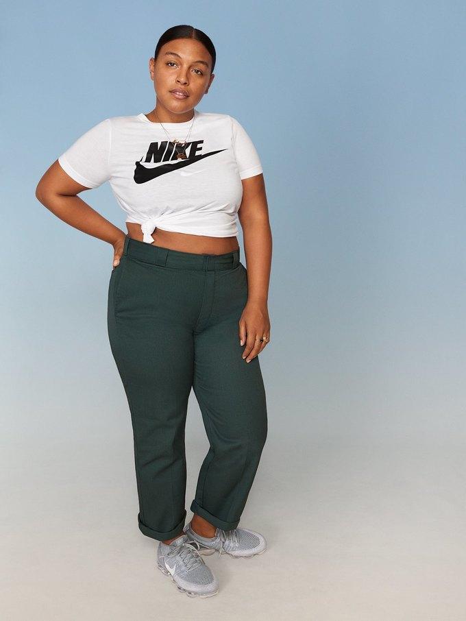 Nike запустили линию спортивной одежды больших размеров. Изображение № 24.