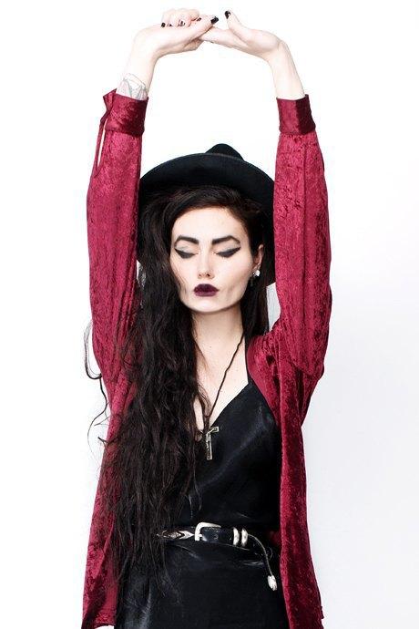 Фотограф Виолетт Эль о любимых нарядах. Изображение № 25.