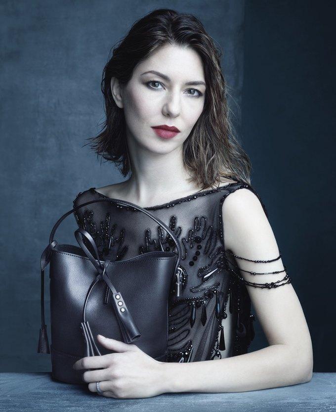 Катрин Денев и София Коппола в рекламной кампании Louis Vuitton. Изображение № 5.