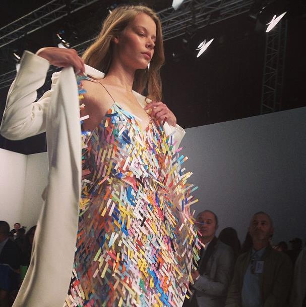 Главные показы  четвертого дня  Paris Fashion Week. Изображение № 2.