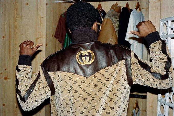 Gucci показали коллаб с дизайнером Дэппер Дэном. Изображение № 39.