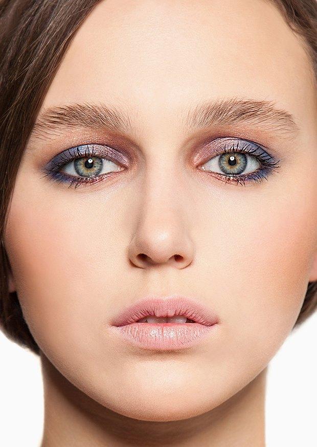 5 вариантов новогоднего макияжа. Изображение № 2.