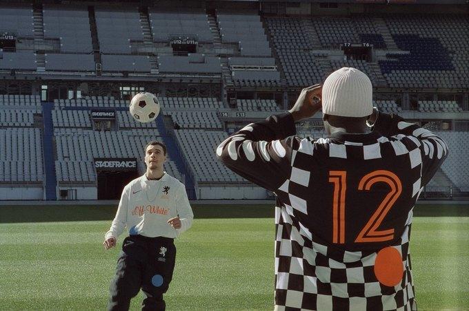 Вирджил Абло и Nike представили коллаб, посвящённый футболу. Изображение № 12.