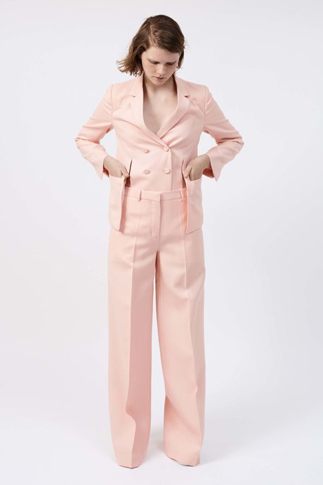 От пудры до фуксии: Все оттенки розового снова в моде. Изображение № 3.
