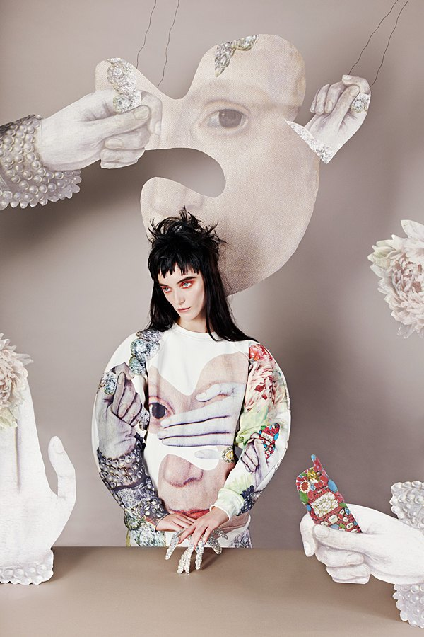 Маша Рева создала вторую коллекцию толстовок для Syndicate. Изображение № 1.