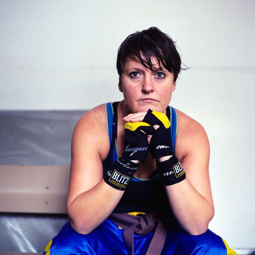 «Женщины с кулаками»: Кикбоксерши после боя. Изображение № 6.