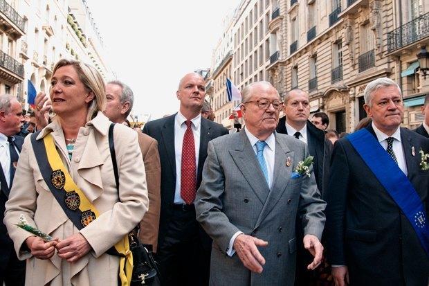 Почему победа Марин Ле Пен станет поражением феминизма. Изображение № 2.
