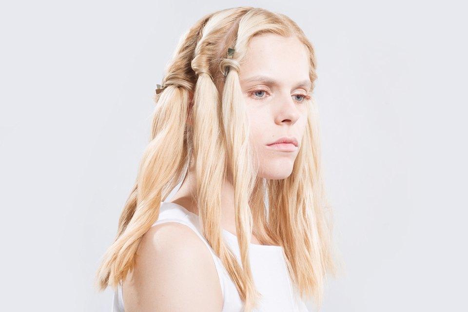 5 высоких летних причесок для длинных волос. Изображение № 8.