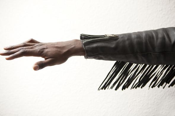 Гардероб: Виктор Амечи Мэнди, креативный директор Designersymposium.com. Изображение № 19.
