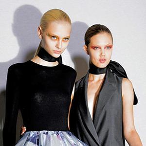 Перемены в Dior: Гальяно vs. Симонс. Изображение № 23.
