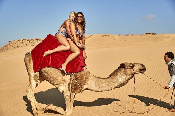 Эшли Грэхэм снялась  в рекламе купальников  с мамой. Изображение № 7.