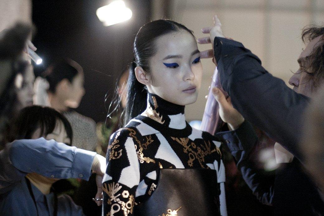 Paris Fashion Week FW 14: Бэкстейдж показа Kenzo. Изображение № 11.