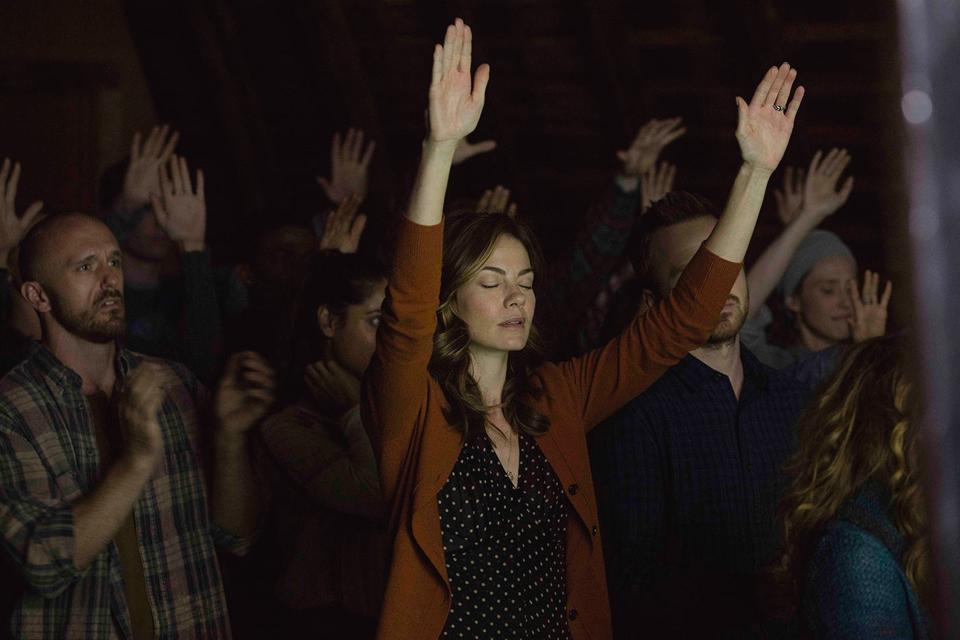 «Wild Wild Country»: Новый хит Netflix и ещё 9 фильмов и сериалов о культах. Изображение № 10.