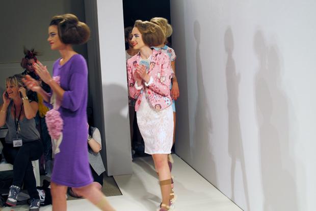 Дневник стилиста: Тесс Йопп о старушках, девочке-капкейк и облитой Джорджии Мэй Джаггер. Изображение № 21.