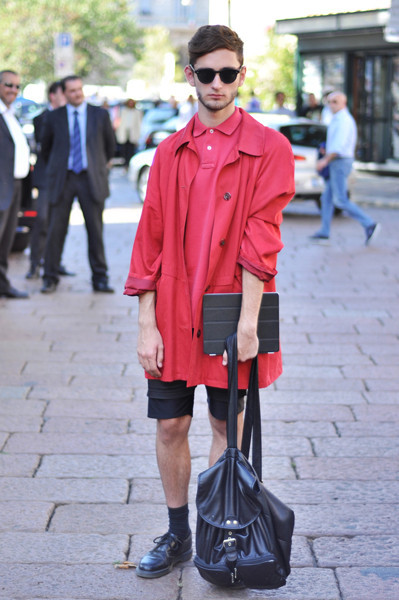 Анна Делло Руссо, Брайан Бой и другие перед показом Gucci SS 2012. Изображение № 1.