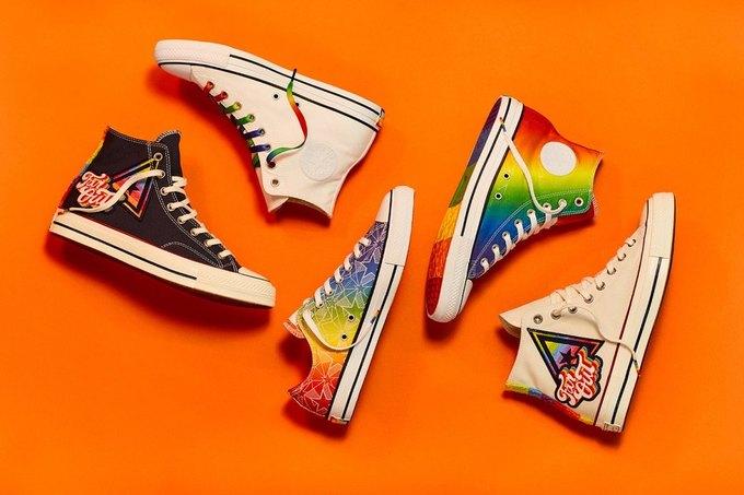 Nike и Converse представили коллекции  в поддержку ЛГБТ. Изображение № 2.