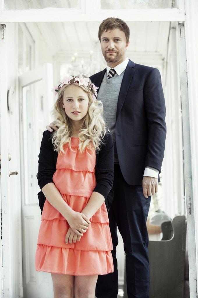 В Норвегии «поженятся» 12-летняя девочка  и 37-летний мужчина. Изображение № 1.