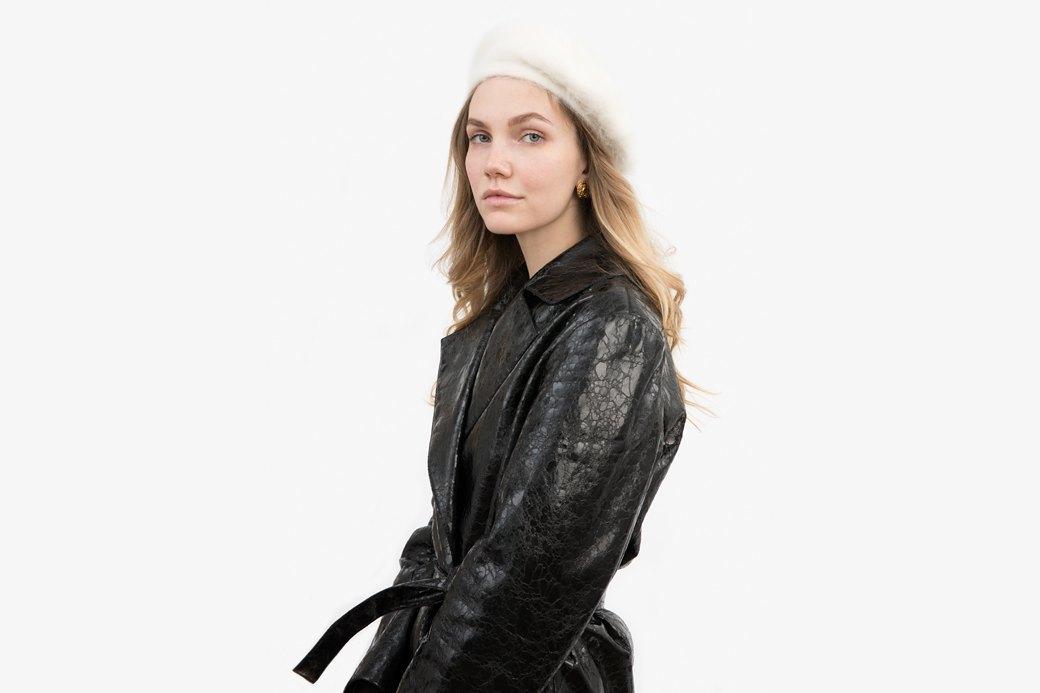 Старший ивент-менеджер Кристина Козырева о любимых нарядах. Изображение № 1.