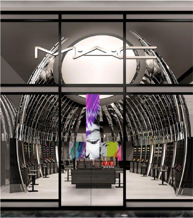 Открылись новые магазины M.A.C, Oscar de la Renta и других марок. Изображение № 1.