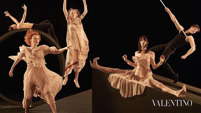 Valentino опубликовали рекламную кампанию, вдохновлённую балетом. Изображение № 2.