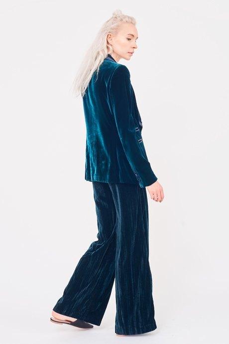 Визажистка Виктория Шнайдер о любимых нарядах . Изображение № 6.