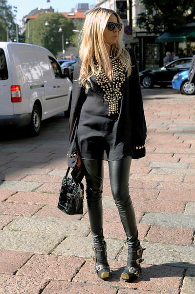 Milan Fashion Week: Уличный стиль, день 1. Изображение № 15.
