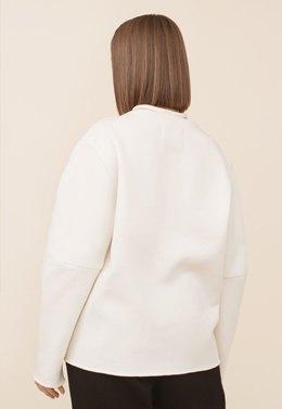 На дачу или на рейв: Редакция Wonderzine примеряет модные новогодние образы. Изображение № 14.
