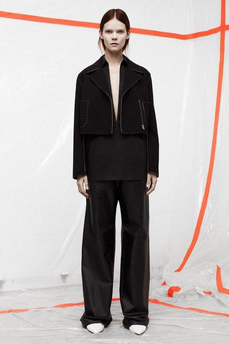 Кожаные толстовки и брюки в коллекции T by Alexander Wang. Изображение № 9.