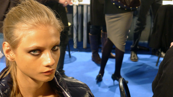 Milan Fashion Week: бэкстейдж показа Dsquared. Изображение № 6.