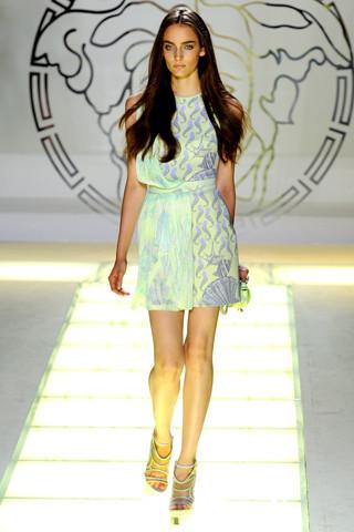 Milan Fashion Week: показ Versace SS 2012. Изображение № 19.