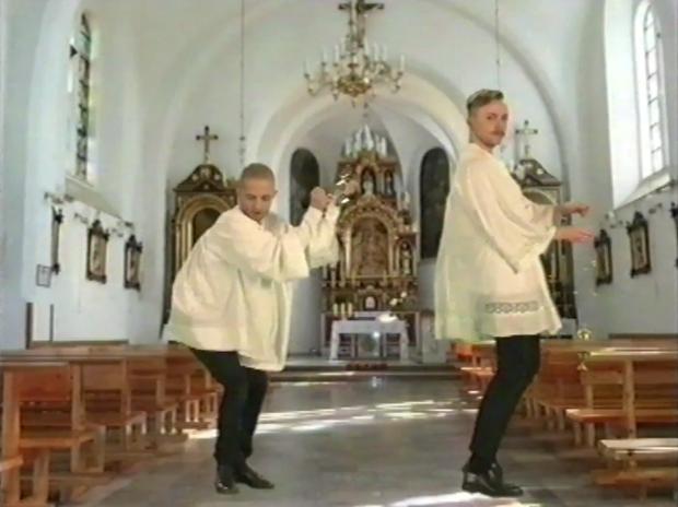 Аня Рубик в очень  странном клипе . Изображение № 15.