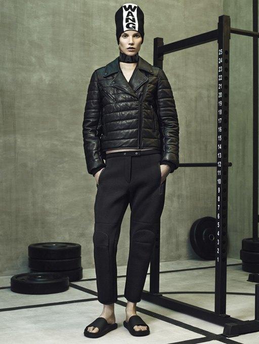 Торжество спорта  в лукбуке Alexander Wang x H&M. Изображение № 6.