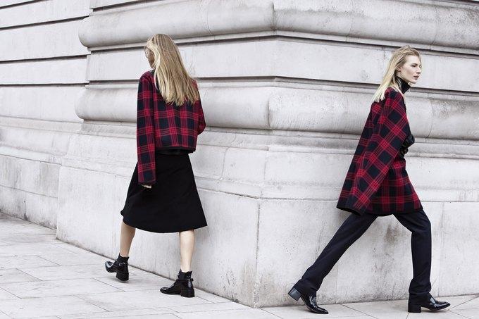 Модели на улицах Лондона в новой кампании Zara. Изображение № 13.