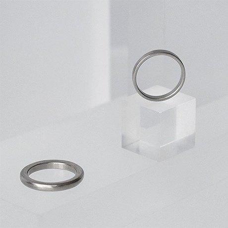 Ответственное решение: Где заказать современные обручальные кольца. Изображение № 10.