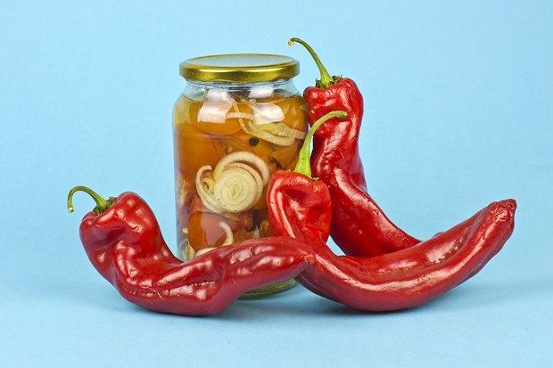 Закатать всё:  Как консервировать  фрукты и овощи . Изображение № 2.