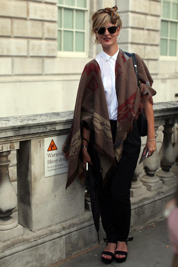 Streetstyle: Неделя моды в Лондоне, часть 1. Изображение № 30.