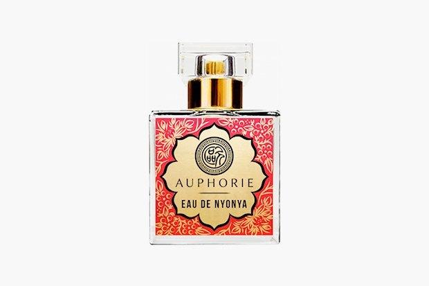 Духи-сувениры: Ещё 9 ароматов, которые стоит везти из путешествия. Изображение № 8.